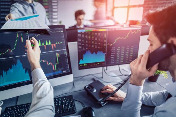 Como identificar o melhor momento para vender ações?